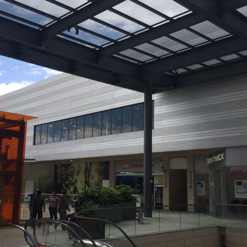 Centro Comercial Via Vallejo, CDMX